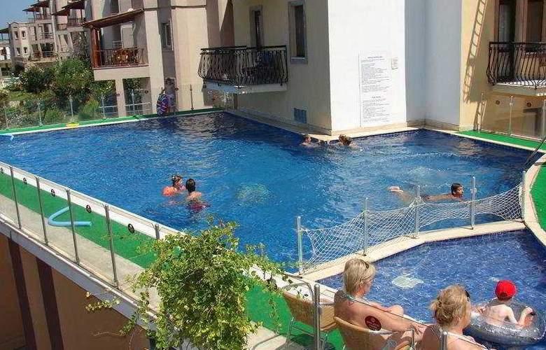 Crystal Hotel Bodrum - Pool - 7