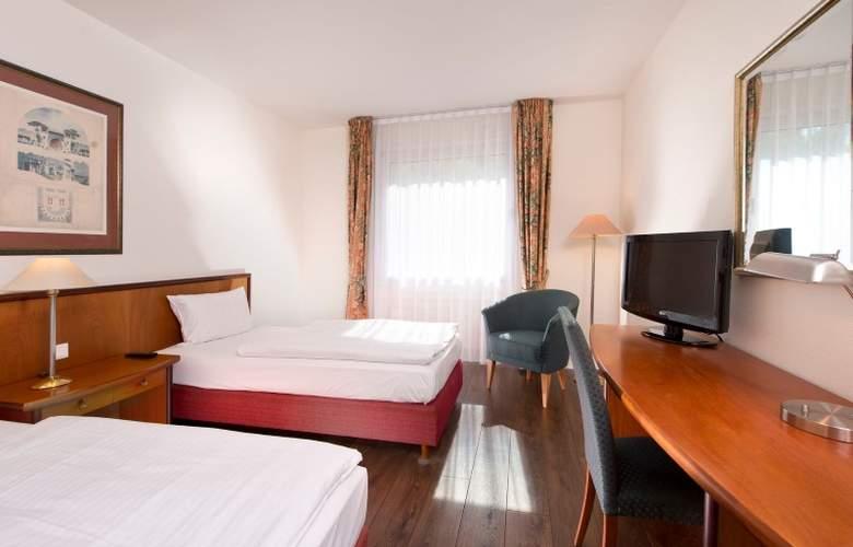 Wyndham Garden Hennigsdorf Berlin - Room - 7