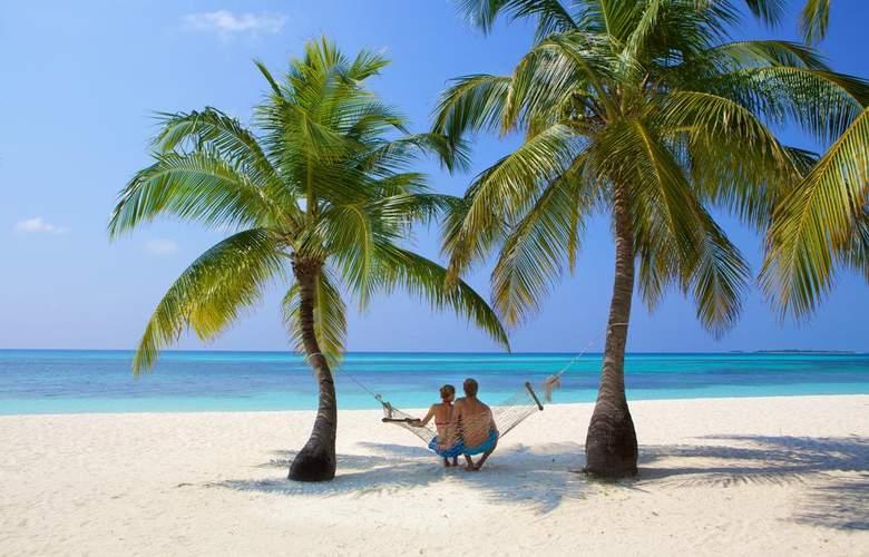 Kuredu Island Resort - Beach - 3