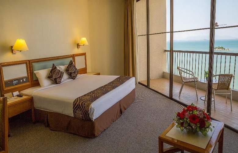 Copthorne Orchid Hotel Penang - Room - 8
