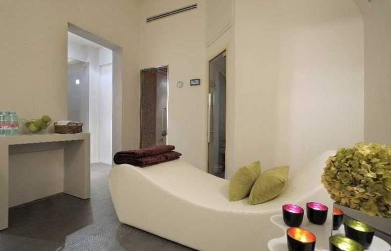 Trevi Palace Luxury Inn - Beach - 5