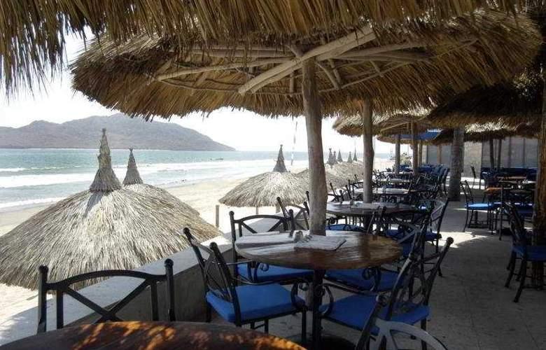 Ramada Resort Mazatlan (antes los Sabalos) - Terrace - 9