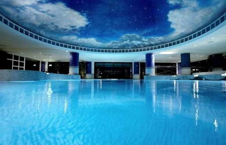 The Celtic Manor Resort - Pool - 8