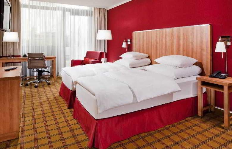 Four Points by Sheraton Munich Central - Room - 1