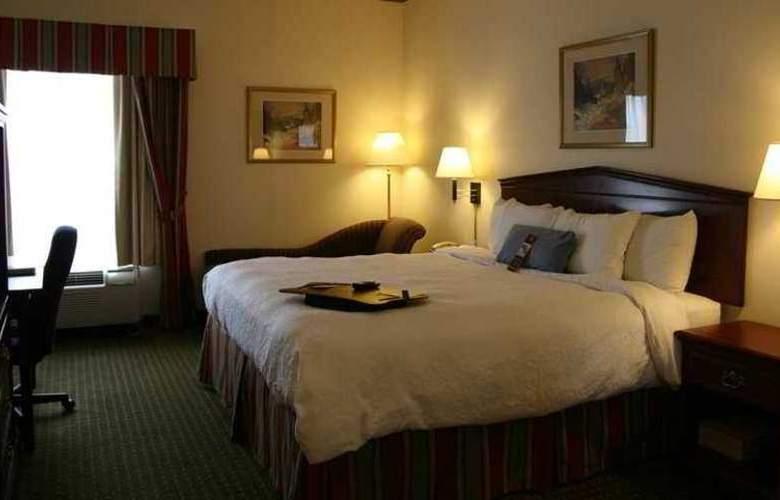 Hampton Inn by Hilton Toronto Mississauga - Hotel - 5
