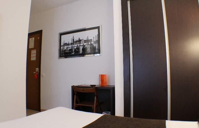 Marfany - Room - 10