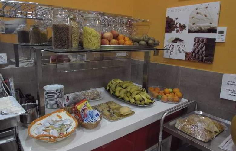 Hotel Puerto Canteras - Restaurant - 13
