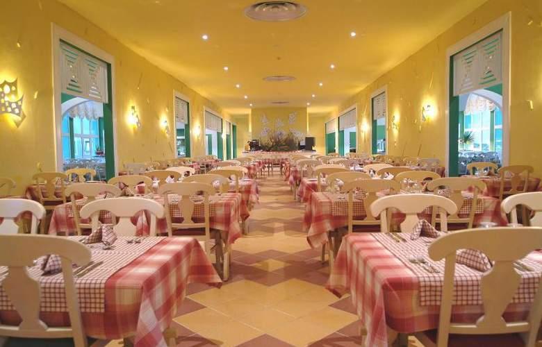Bella Isla Resort - Restaurant - 13