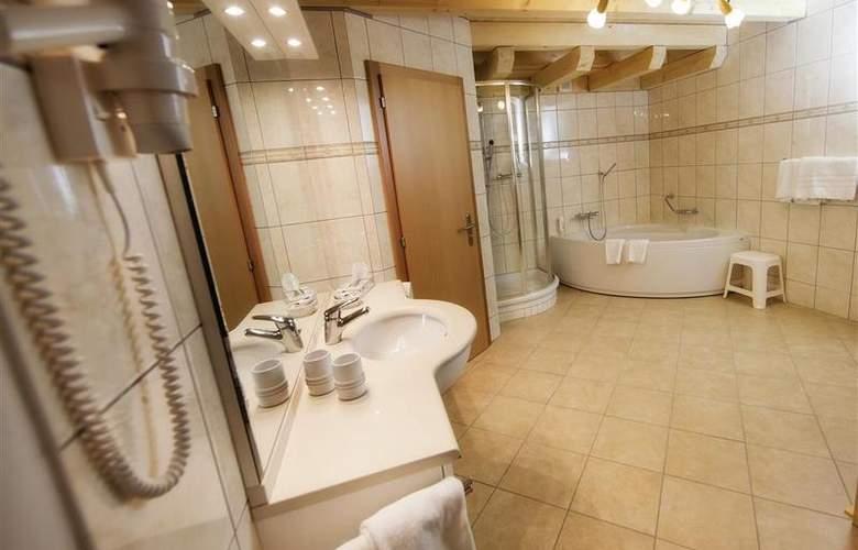 Alpen Resort - Room - 6