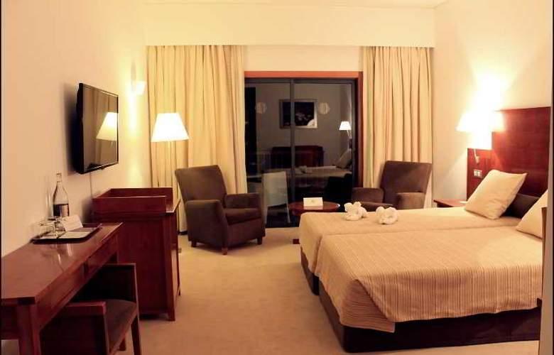Hotel Quinta da Serra - Room - 10