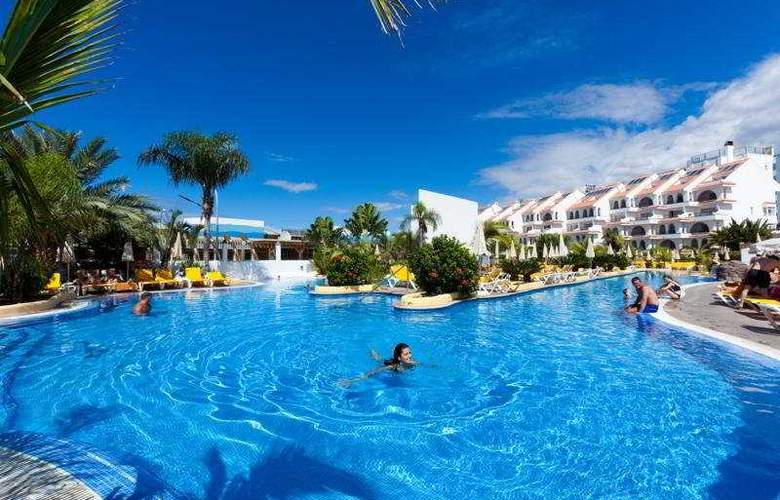 Paradise Park Apartamentos - Pool - 9