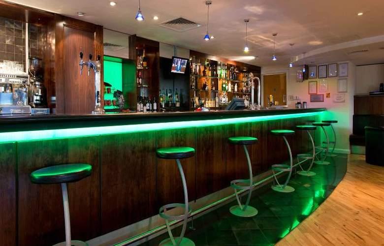 Leonardo London Heathrow - Bar - 13