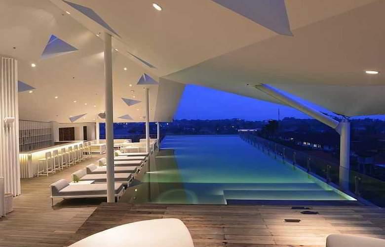 IZE Seminyak Bali - Pool - 27