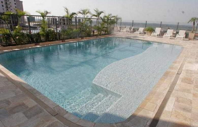 Crowne Plaza Asuncion - Pool - 7