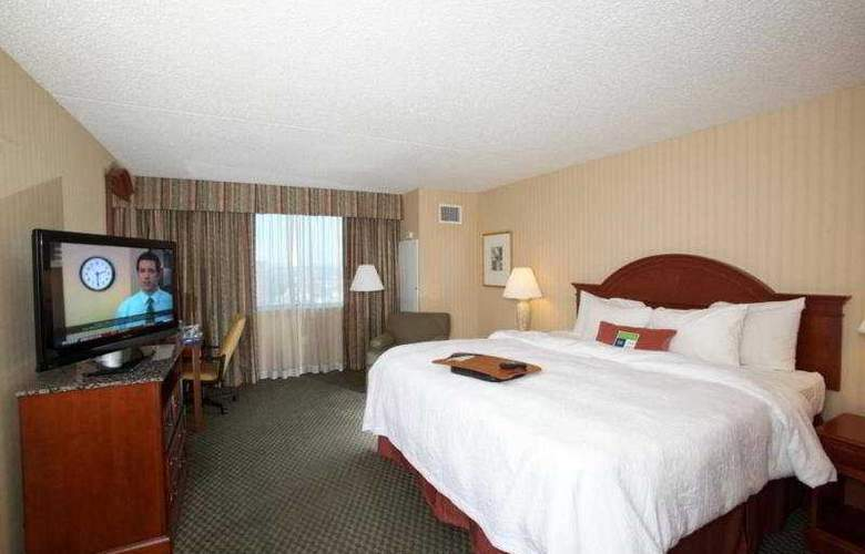 Hampton Inn JFK Airport - Room - 4