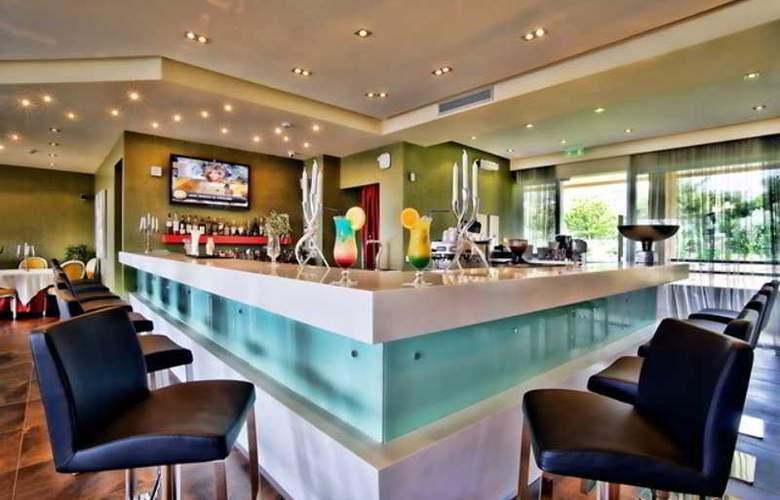 Royal Paradise Beach Resort & Spa - Bar - 2