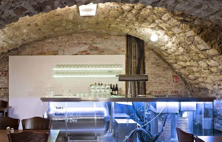 Lokal Inn - Restaurant - 3
