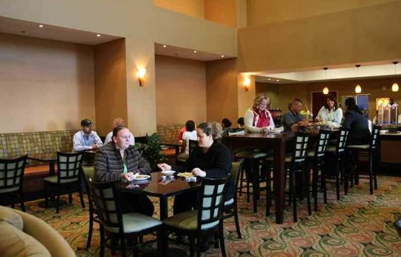 Hampton Inn & Suites Ft. Worth Burleson - Hotel - 6