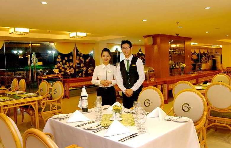 Green World Hotel Nha Trang - Restaurant - 49