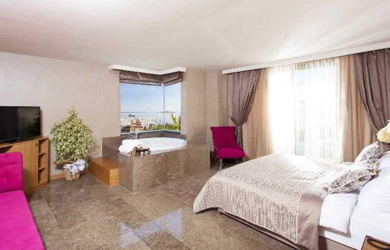 Thor Luxury Hotel & Villas - Room - 13