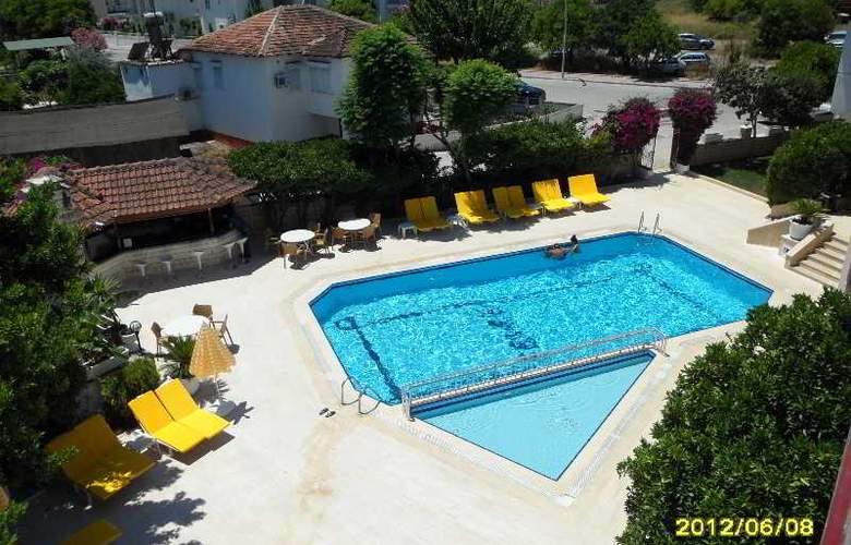 Felice Hotel - Pool - 23