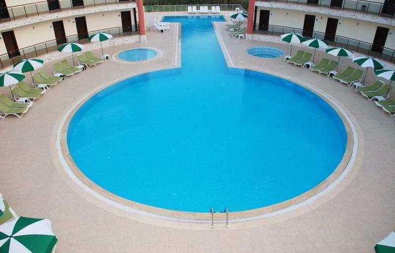 Hakan Minel Resort - Pool - 7