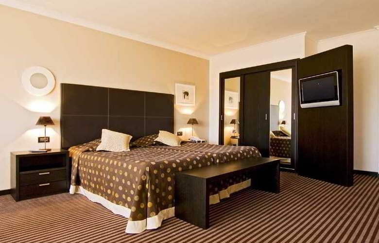 Cannes Palace - Room - 7