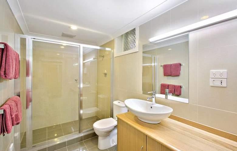 Best Western Melbourne's Princes Park Motor Inn - Room - 1