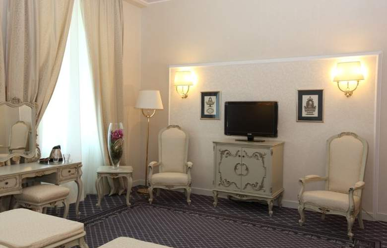 Grand Hotel Continental - Room - 9