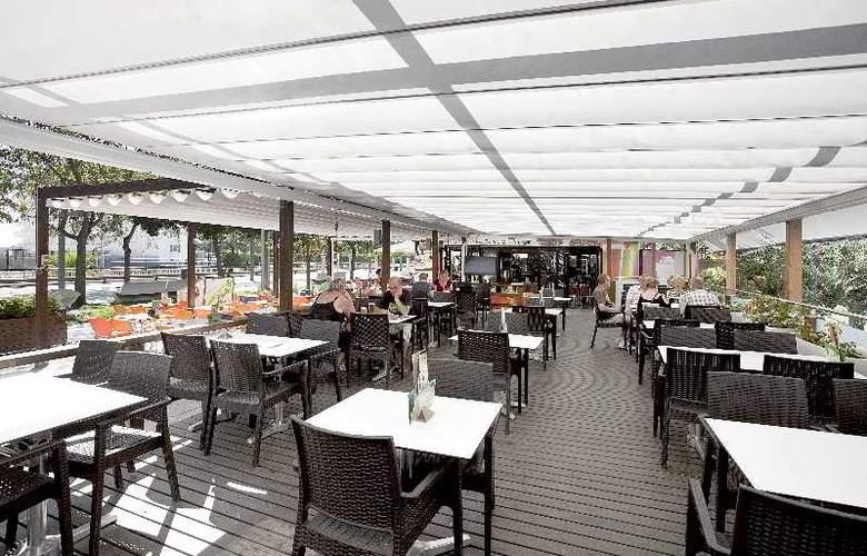 Indalo Park - Restaurant - 18
