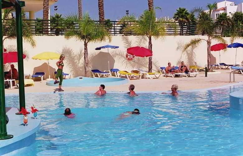 Mirachoro Praia - Hotel - 1