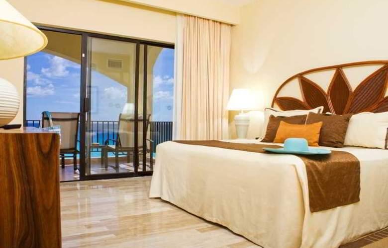 The Royal Caribbean - Room - 12