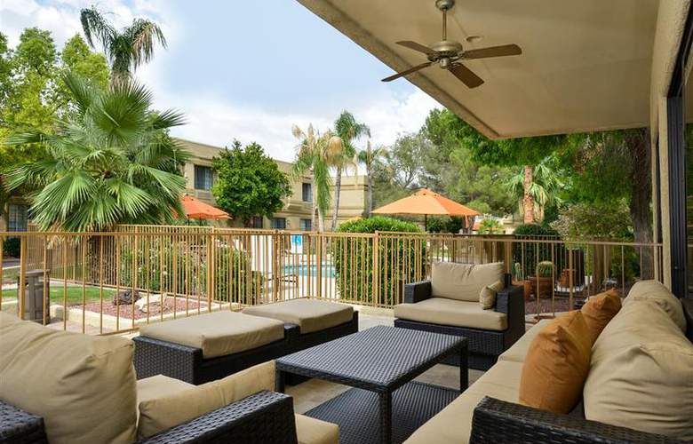 Best Western Tucson Int'l Airport Hotel & Suites - Hotel - 77