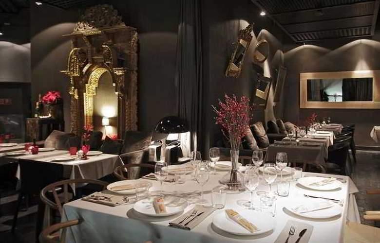 EME Catedral Hotel - Restaurant - 29
