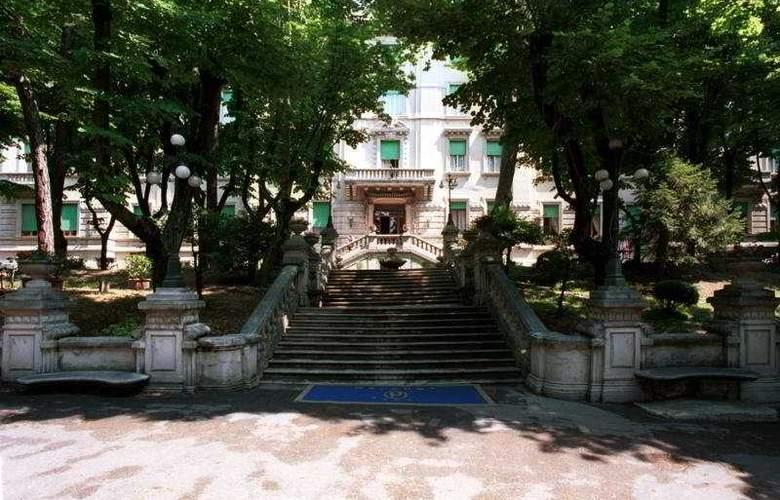 Grand Hotel Porro - Hotel - 0
