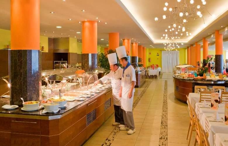 Universal Romantica - Restaurant - 26