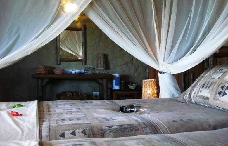 Kubu Safari Lodge - Room - 3