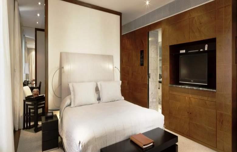 Halkin - Room - 9