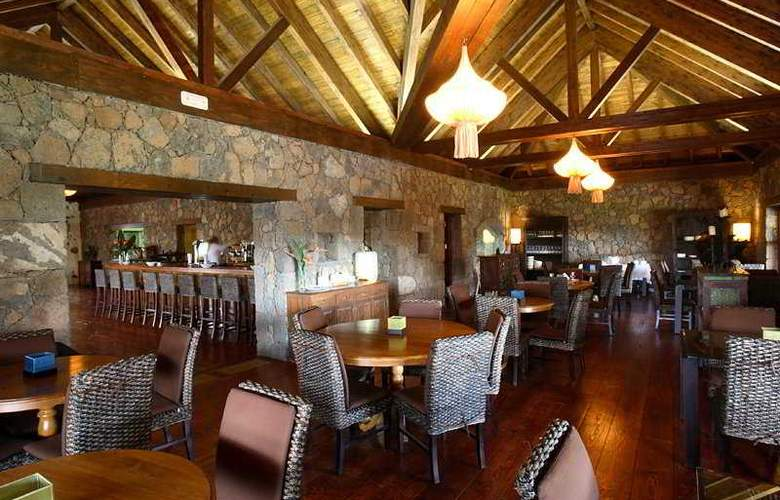 Hotel Boutique Oasis Casa Vieja - Bar - 3