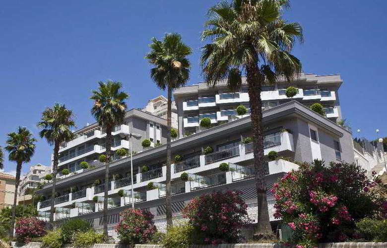 Nexus Benalmadena Suites and Apartments - Hotel - 0