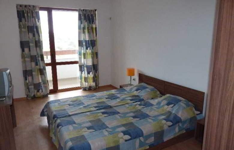 Festa Gardenia Hills - Room - 8