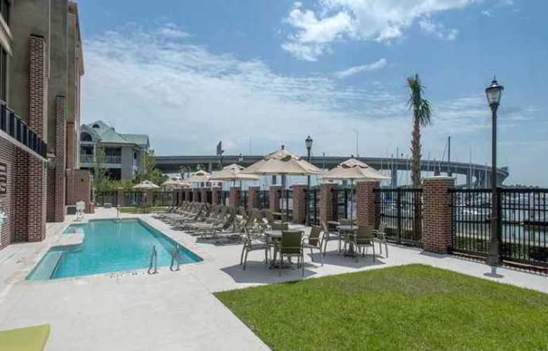 Hilton Garden Inn Charleston - Hotel - 3