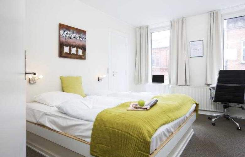 Hotel Domir - Room - 2