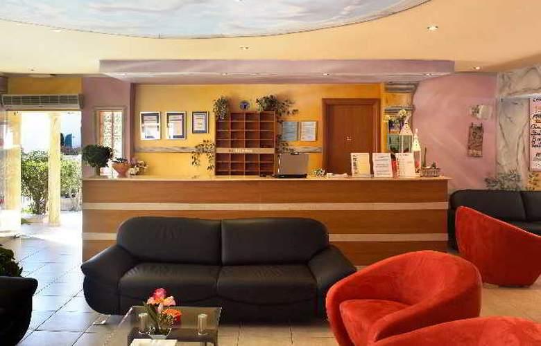 Marietta Hotel Apartments - General - 17