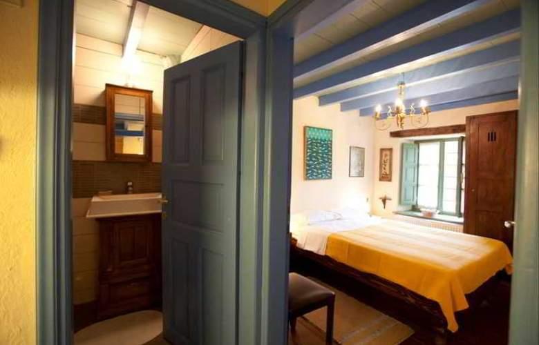 Efipoi Hotel - Room - 7