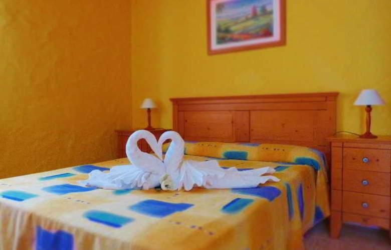 Castillo Beach - Room - 9