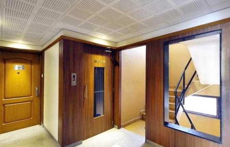 Budget Inn Belevue - Hotel - 4