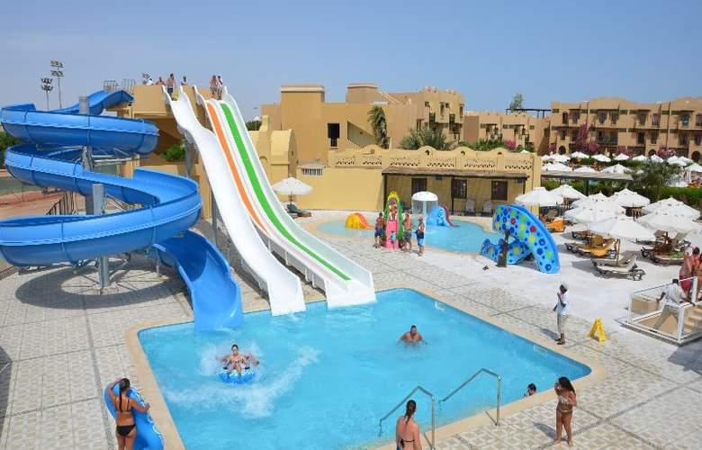 Three Corners Rihana Resort - Pool - 19