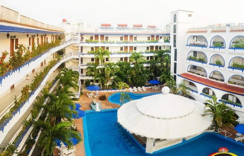 Club Fiesta Mexicana Beach - Pool - 15