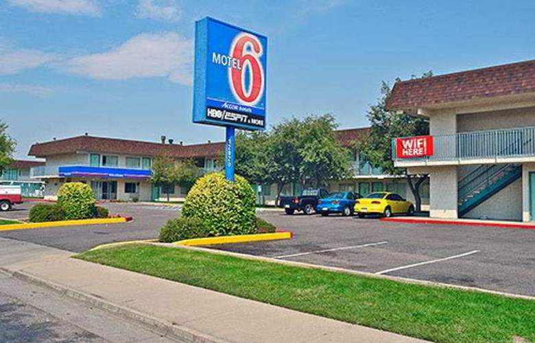 Motel 6 Denver Airport - General - 1